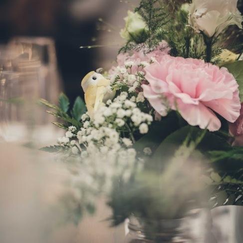 détail, bouquet, centre de table, oiseau, champêtre -love and do mariage