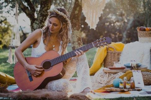 guitare, accessoires, mariage folk, jaune, bleu -love and do mariage